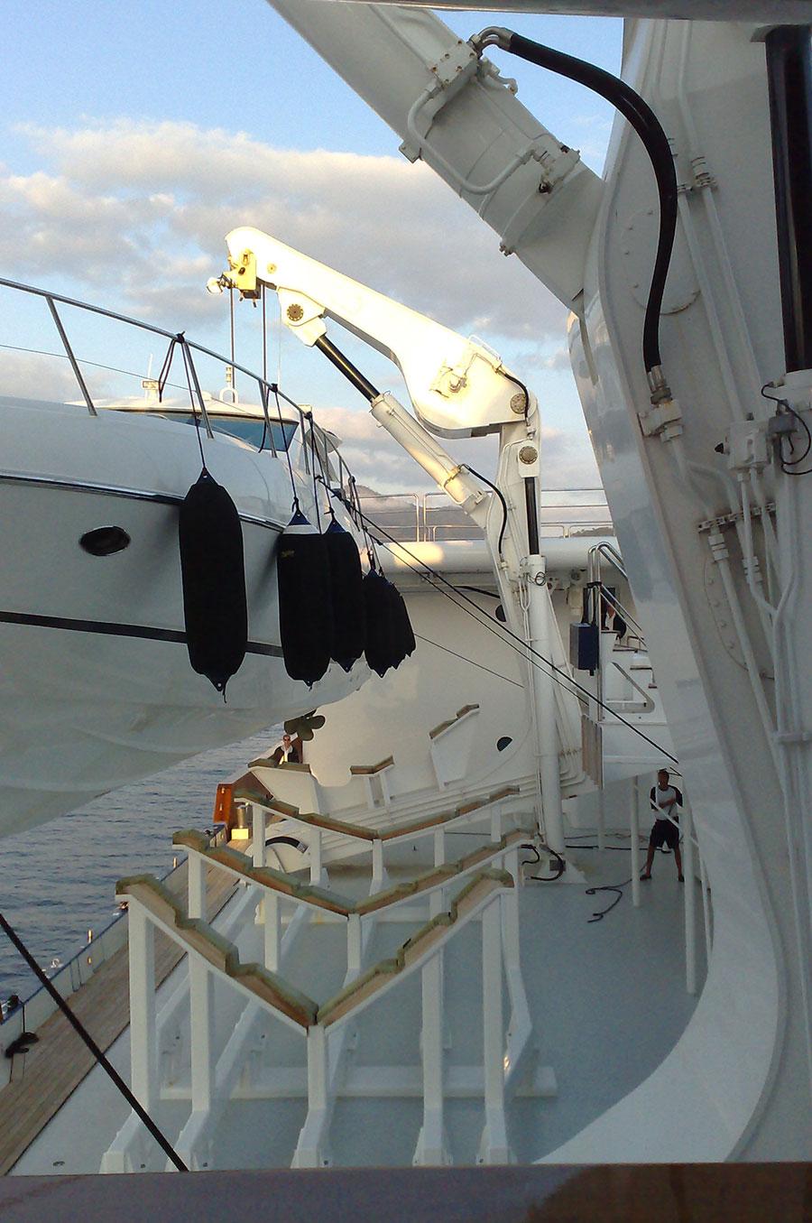 4-x-Main-Davits-complete-rebuid-140M-Yacht-(2)