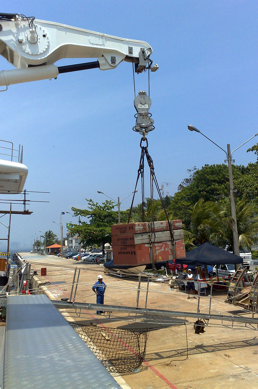 Load-testing-40T-davits-after-major-refit-130M-Yacht