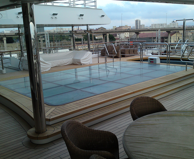 Redesign-of-lifting-glass-floor-for-swimming-pool-on-135M-yacht